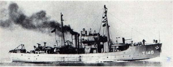 South Wales Argus: SHIP-MATE: The anti-submarine trawler HMS Tango which Usk adopted