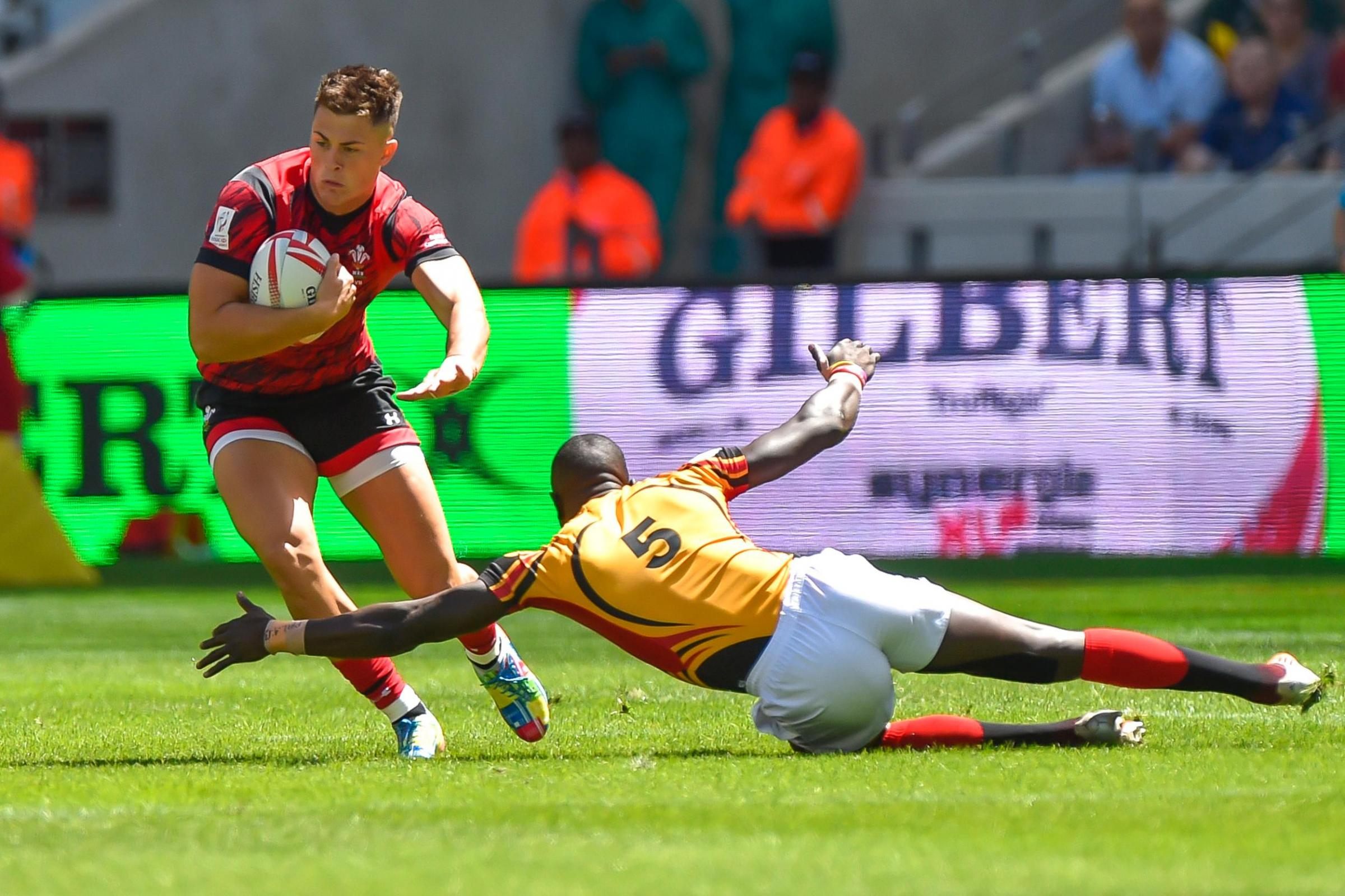 Dragons speedster Rosser gets Wales call for Twickenham
