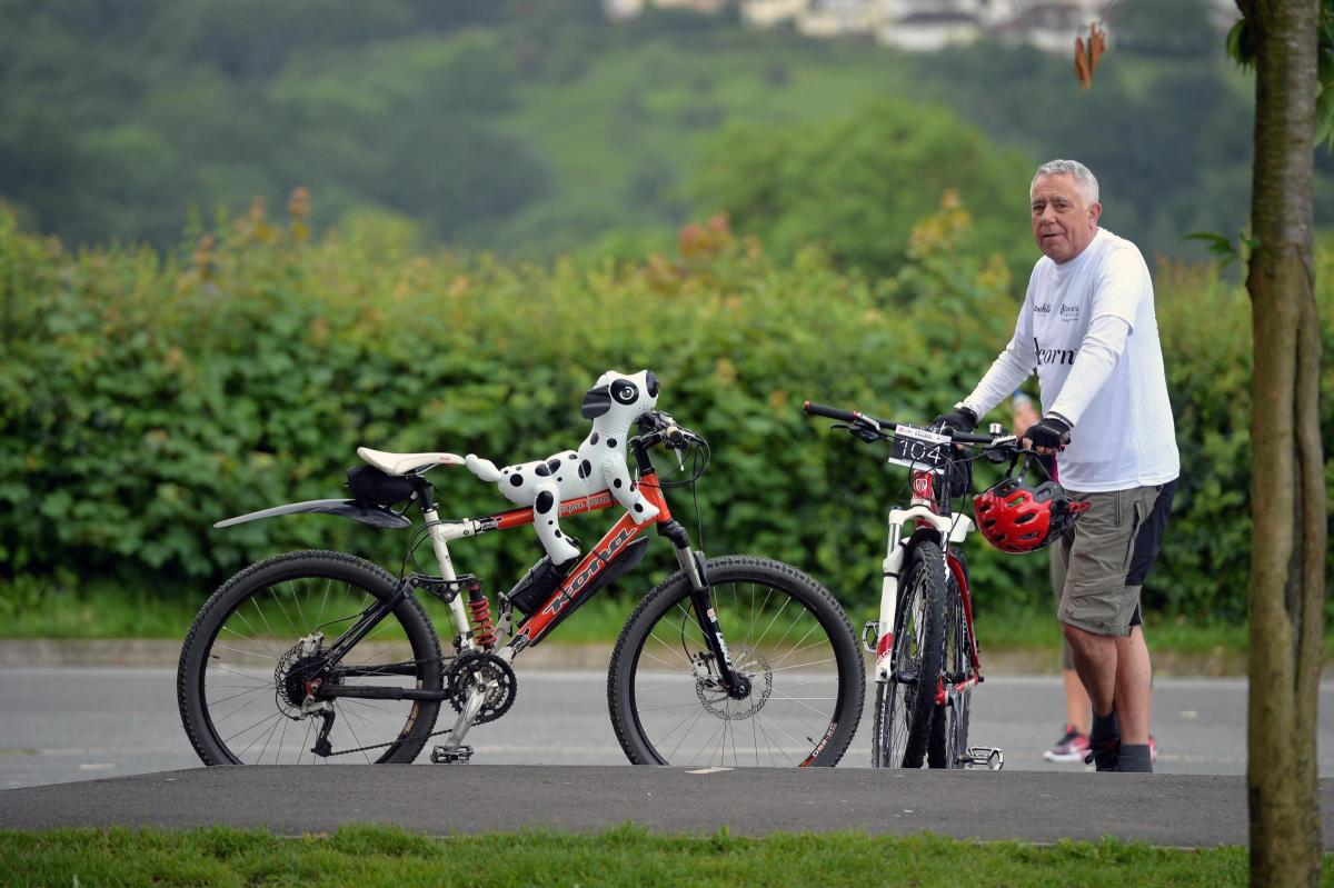 Hundreds Take Part In Dalmatian Bike Ride In Aid Of St David S