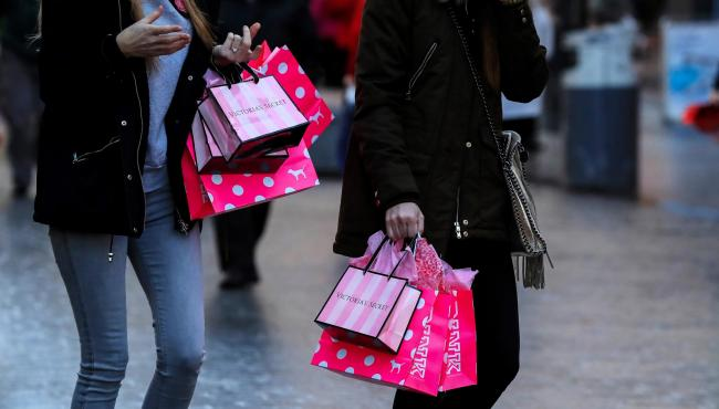 Shoppers in Liverpool city centre on Black Friday. PRESS ASSOCIATION Photo. Picture date: Friday November 24, 2017. Black Friday has kicked off the predicted biggest ever weekend of shopping in the UK with consumers expected to spend almost £