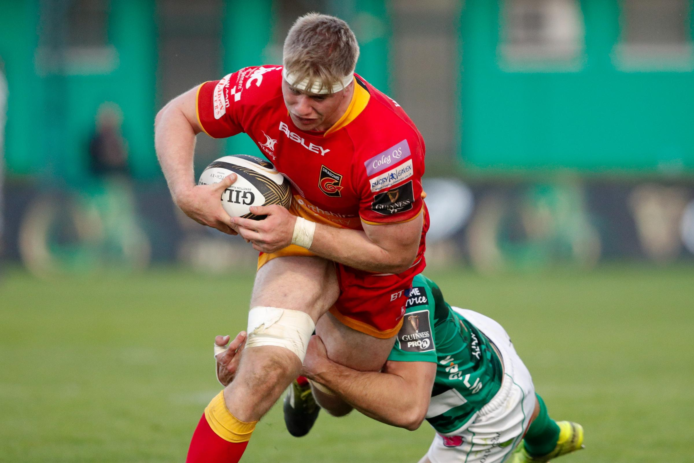 Wales call for Dragons duo Hewitt and Wainwright