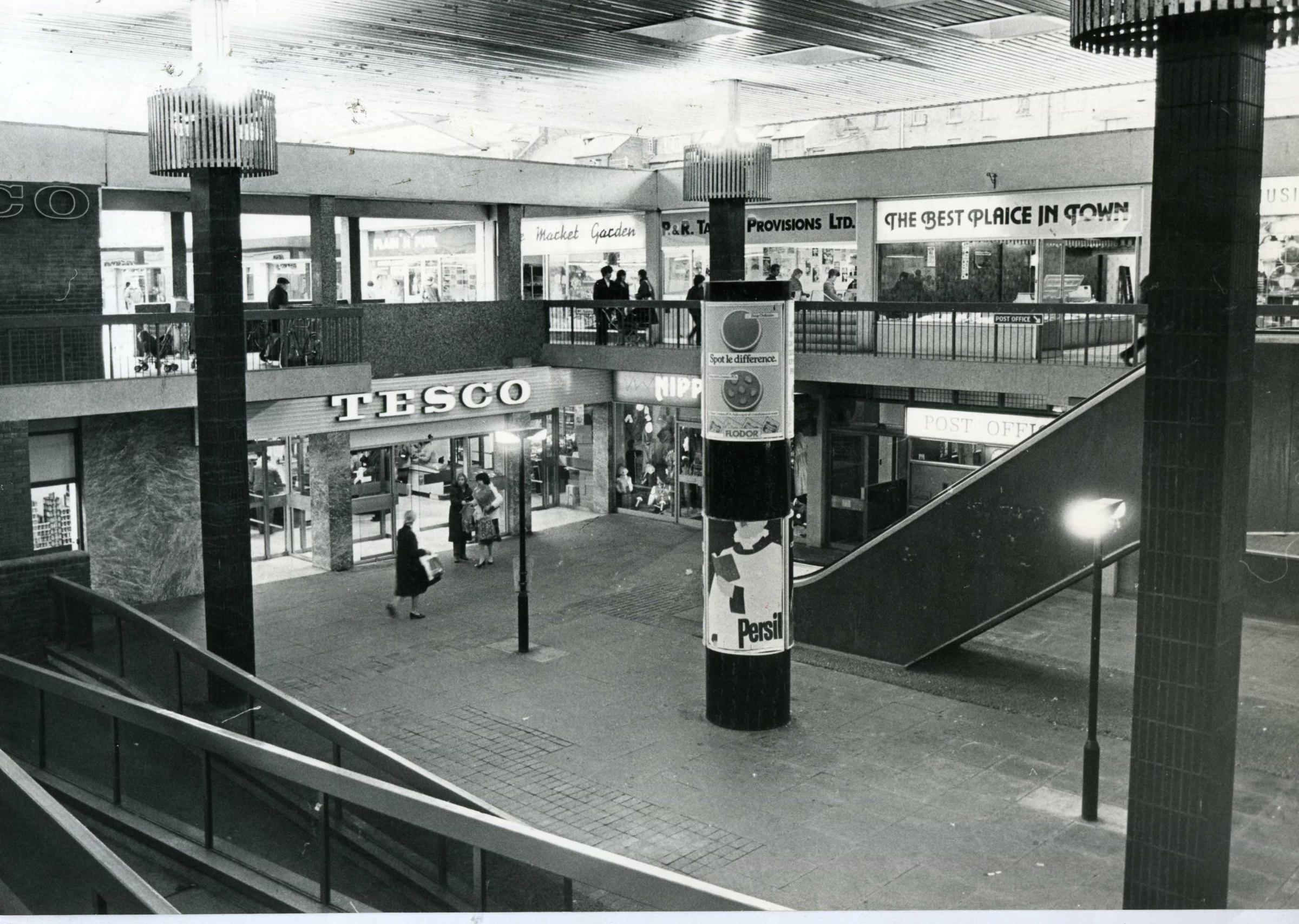 Tesco in Kingsway Centre in 1984