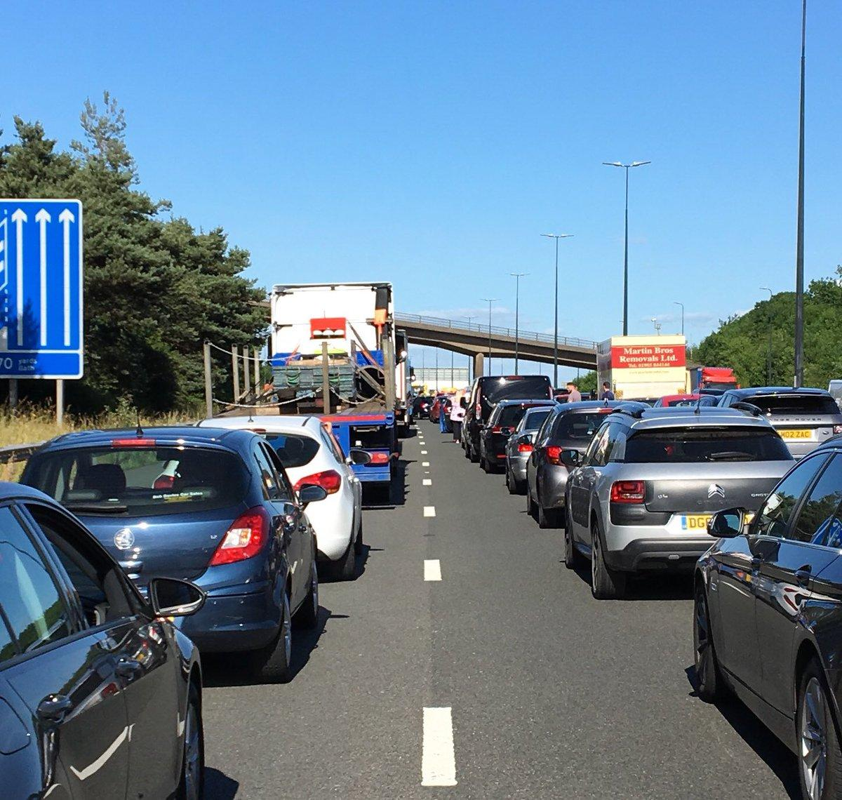 Man arrested after fatal accident near junction 29 on M4