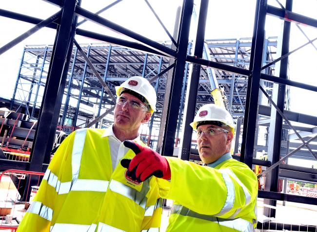 Ross McEwan, CEO of Natwest, with Simon Gibson, CEO of Wesley Clover at the ICC Wales site