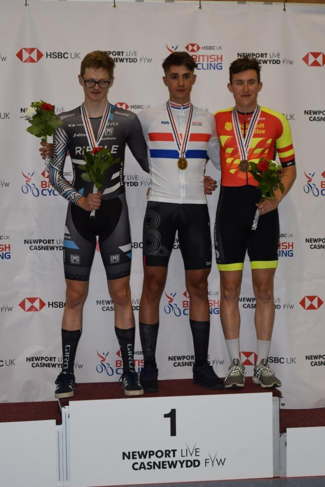Zach Bridges, left, won silver in the individual pursuit and points race at the national youth and junior championships in Newport