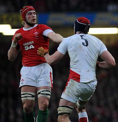 South Wales Argus: GRANDSTAND FINISH: Alun Wyn Jones said Wales can deliver on Saturday