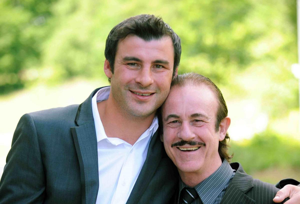 joe calzaghe shares emotional tribute to father who he describes as