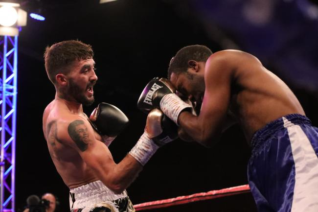 PUNCH POWER: Andrew Selby showed no signs of rustiness against Adam Yahaya. Picture: www.liamhartery.com