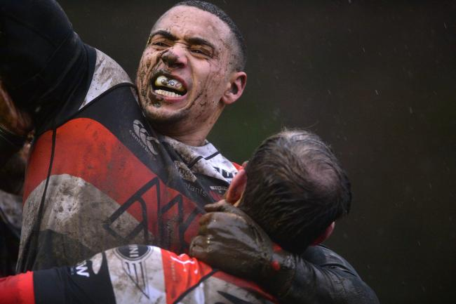 Lloyd Lewis celebrates his winning try for Pontypool against Cross Keys .  www.christinsleyphotography.co.uk