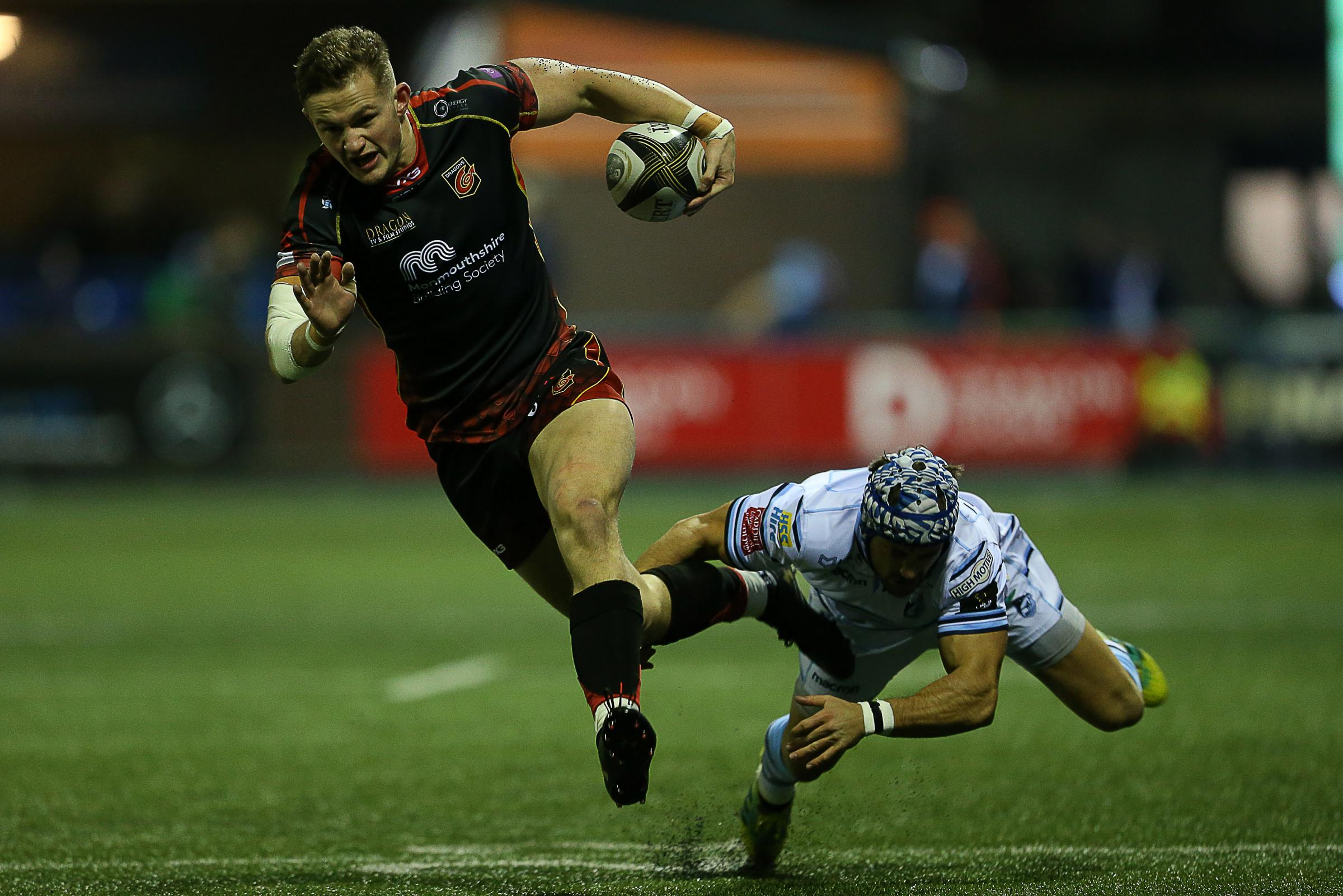 Crushing blow for Dragons as Wales ace Hallam Amos leaves for fierce rivals Cardiff Blues