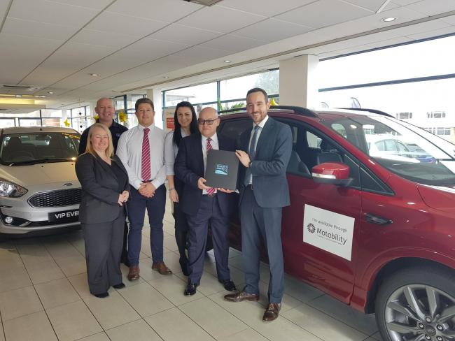 Cwmbran business, Mon Motors Ford, celebrates award win for excellent customer service