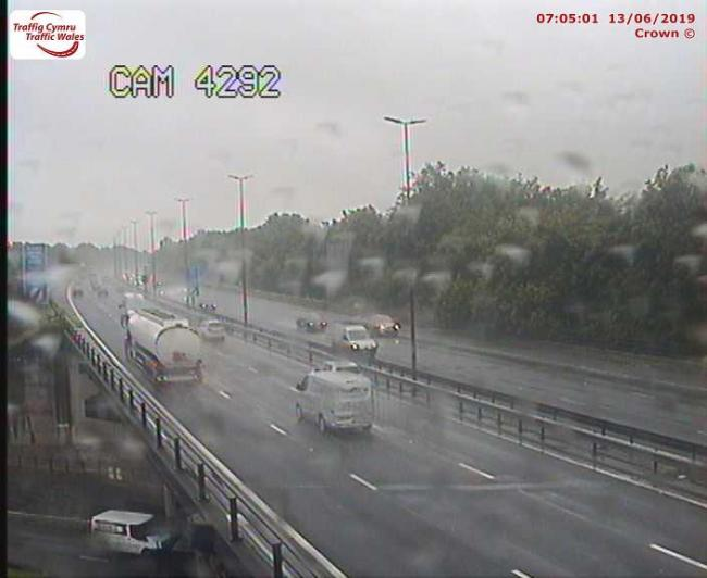 Tricky driving conditions on the M4 and around Newport (Picture: Traffic Wales)